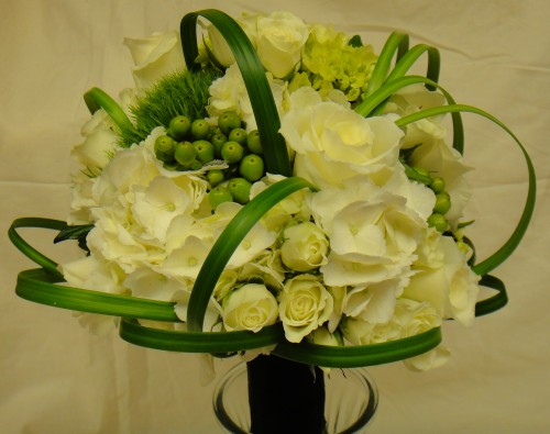 Wedding Flowers And Gifts: Wedding Flowers From MARY M'S WALNUT HOUSE FLOWERS AND