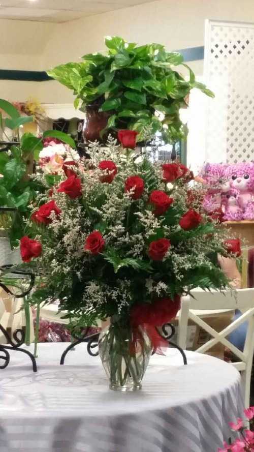 About us village florist christian book store bryson city nc fruit gourmet baskets gift baskets baby gifts candy greeting cards home decor scented candles silk flowers stuffed animals jewelry and more mightylinksfo